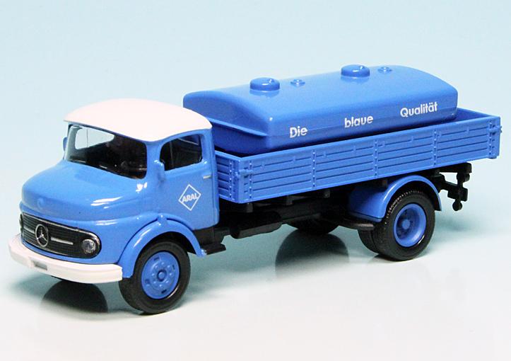 mercedes benz l311 pritschenwagen mit aufsetztank aral. Black Bedroom Furniture Sets. Home Design Ideas