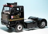 "Volvo F88 Sattelzugmaschine (1978) ""JSP F1-Team Lotus"""