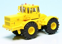Kirovets K-700A Knicklenker-Großtraktor