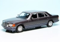 Mercedes Benz 560SEL Limousine (W126) (1990)