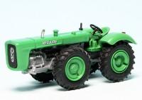 Le Robuste D4K Traktor