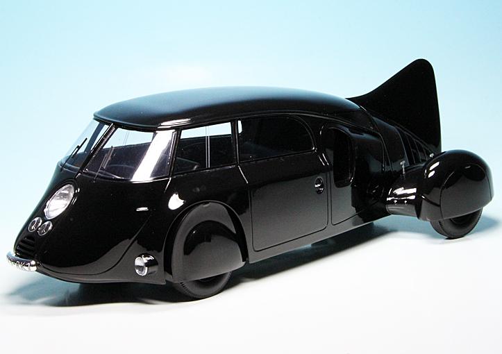 Checker Cab London >> Dubonnet Dolphin (1935) (Frankreich)   PKW-Modelle 1:18 ...