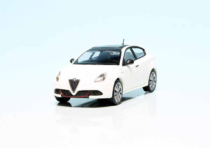 Alfa Romeo Giulietta Veloce (2017)   Alfa Romeo ...