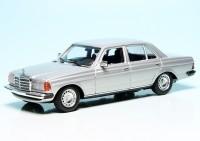 Mercedes Benz 230E Limousine (W123) (1982)
