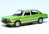 BMW 520 Limousine (E12) (1974)