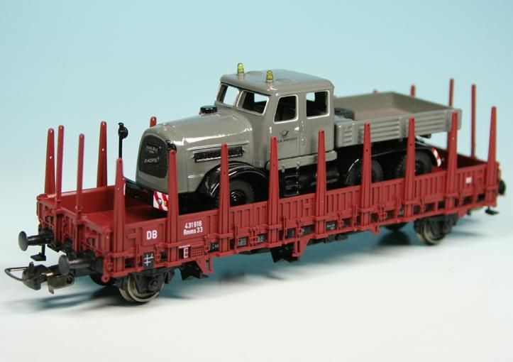 Kaelble Kd V22 Heavy Load Truck On Railway Carriage