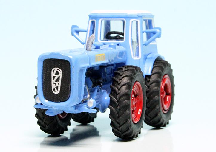 452641200 Schuco 1:87 Dutra D4K blau